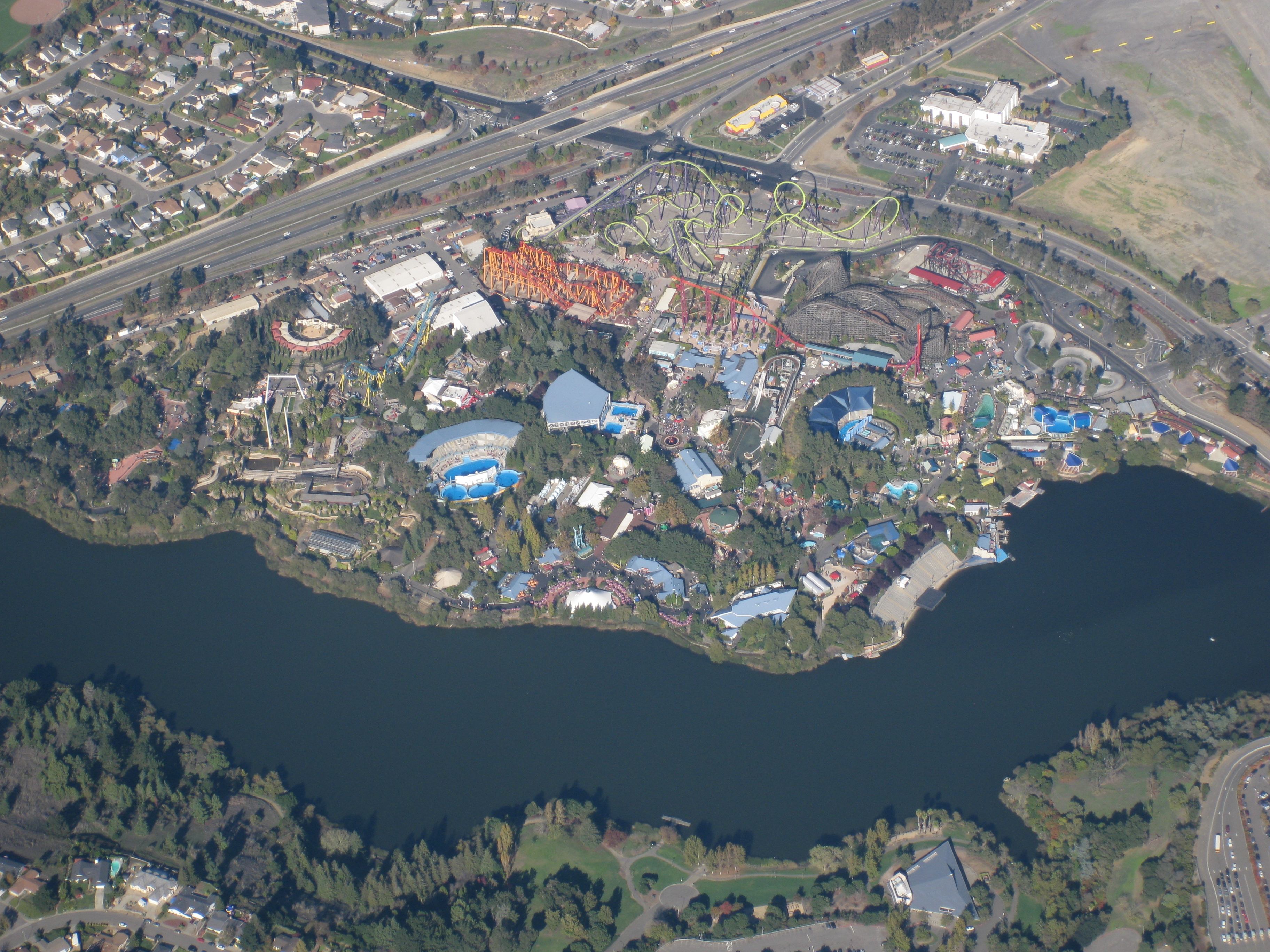 Six Flags Discovery Kingdom - Theme Park in California - Thousand ...