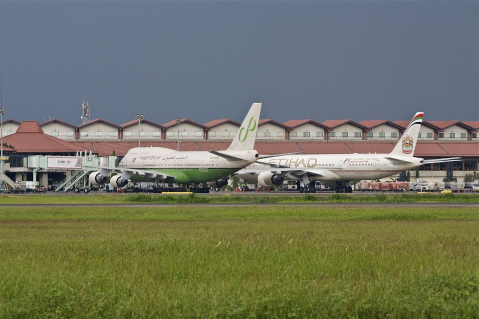 Al-Wafeer and Ettihad - Soekarno-Hatta International Airport