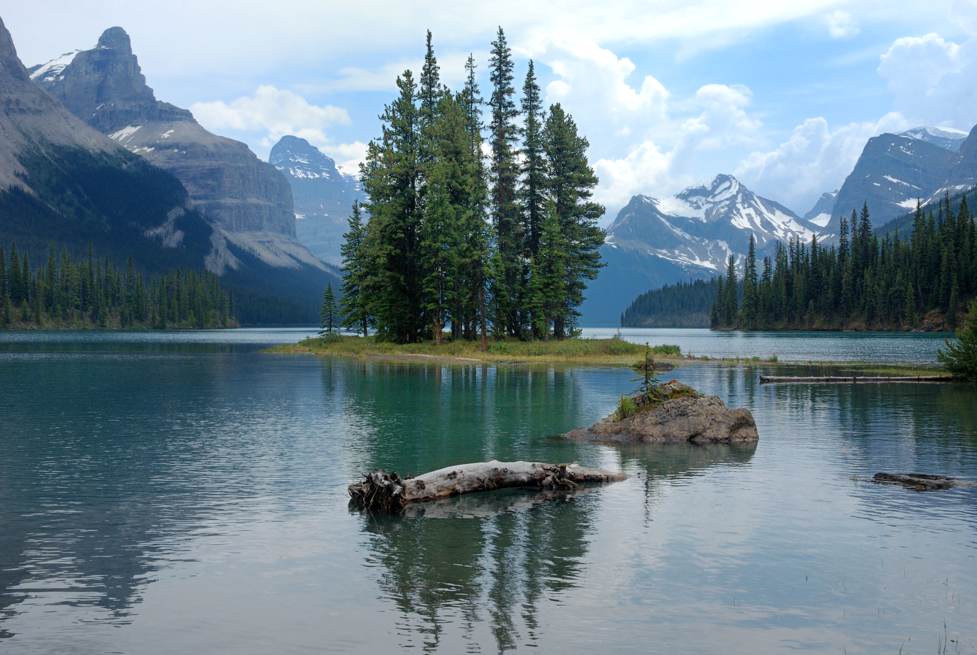 Spirit Island Island In Jasper National Park Thousand