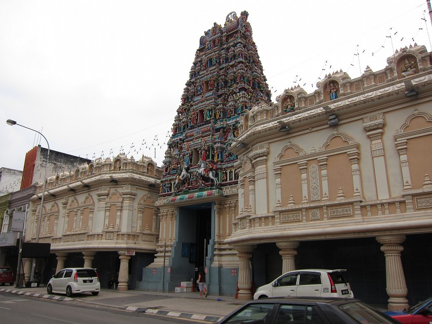 Sri Mahamariamman Temple - the oldest Hindu temple in KL (1873) - Sri Mahamariamman Temple