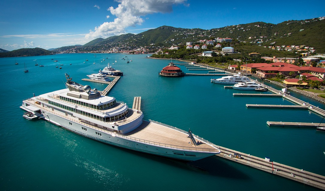 St. Thomas:  Rising Sun Super Yacht - St. Thomas