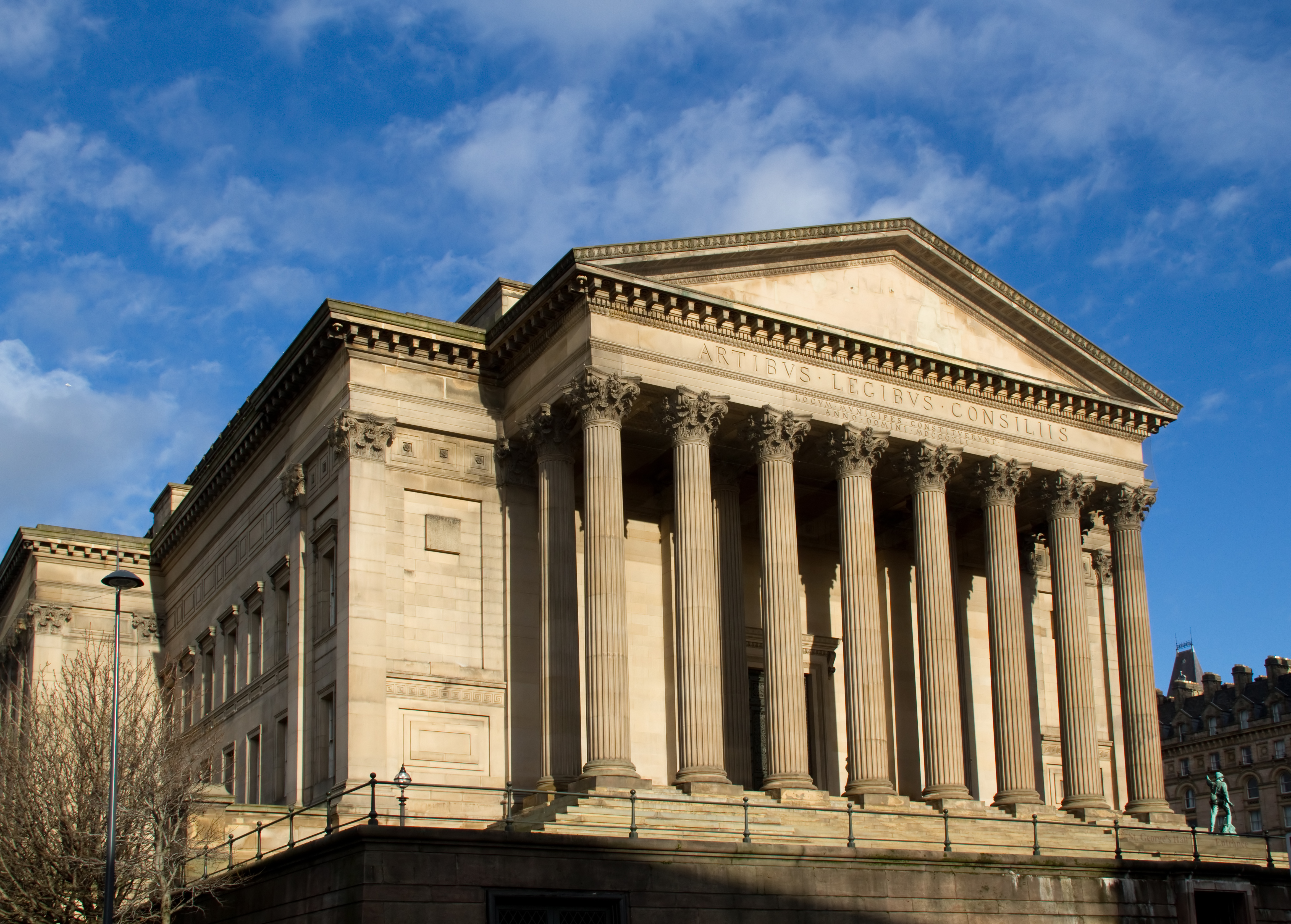 St George's Hall - Public Building in Liverpool - Thousand ...