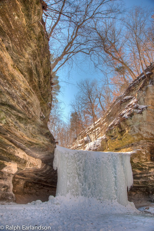 Waterfall in Ice - Starved Rock State Park