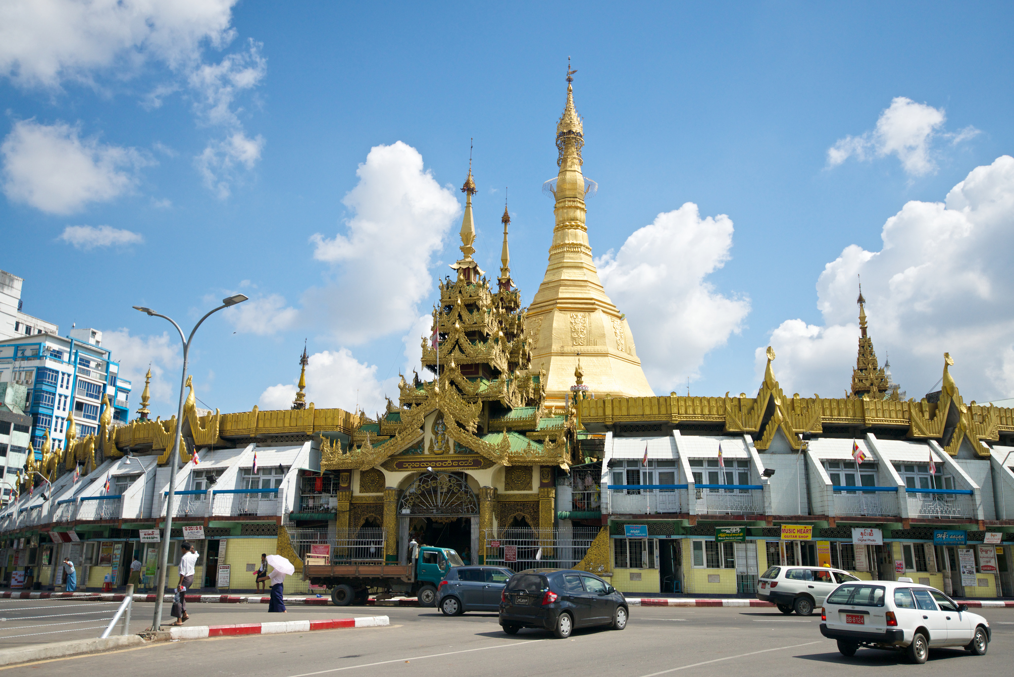 Sule Pagoda Temple in Yangon