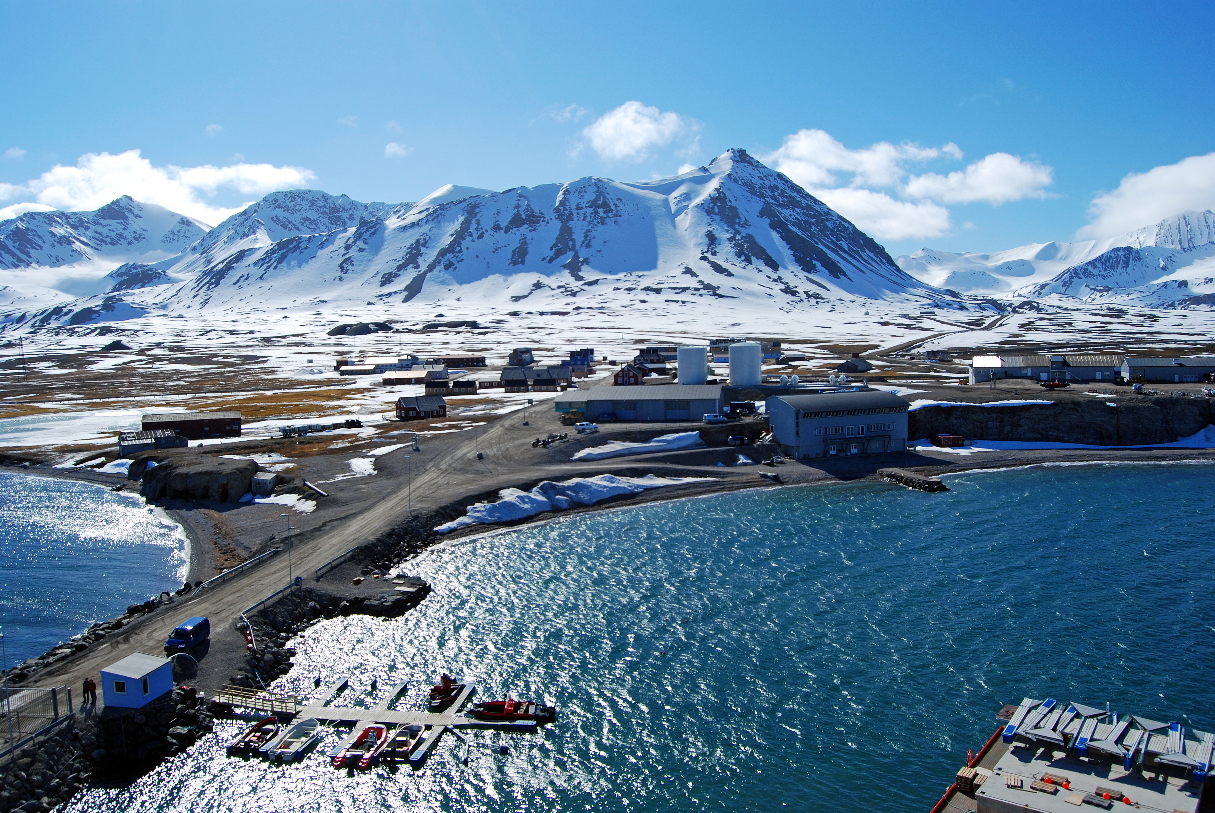 Svalbard Island: where is located, who owns, interesting facts 49