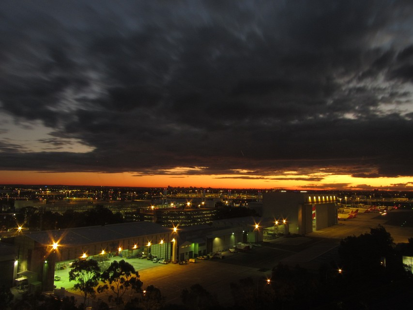 Sky over Sydney Airport at Dusk - Sydney Kingford-Smith International Airport