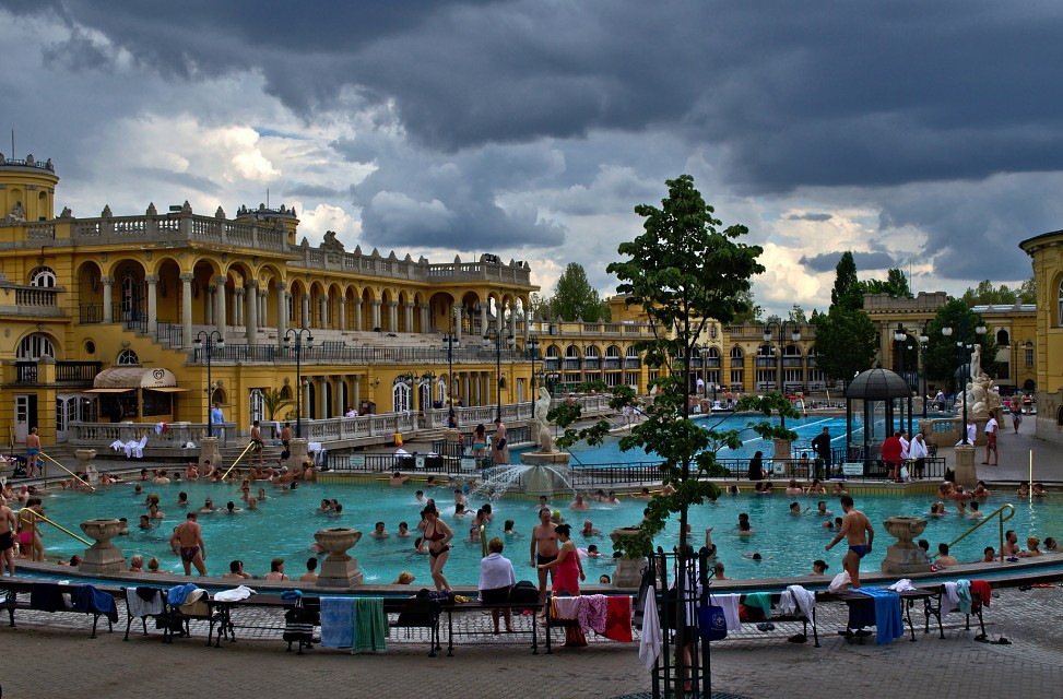 Szechenyi Bath and Spa Budapest - Széchenyi Thermal Bath