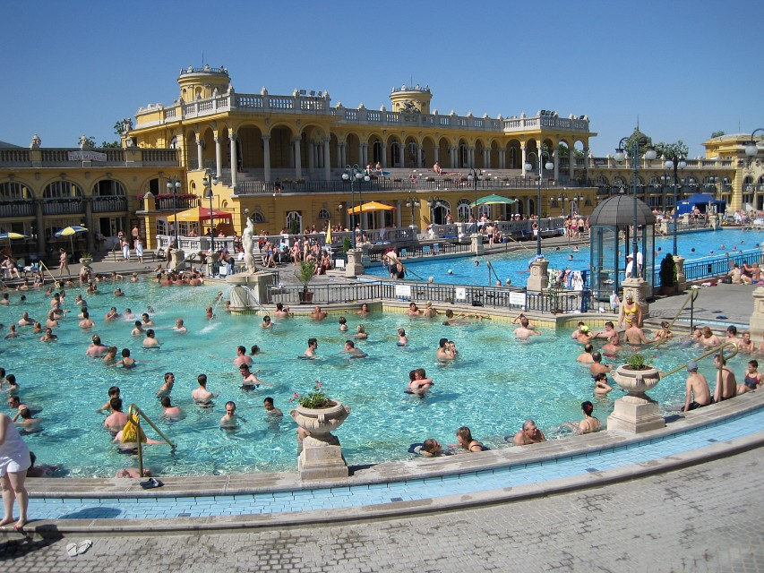 Outdoor Thermal Baths - Széchenyi Thermal Bath