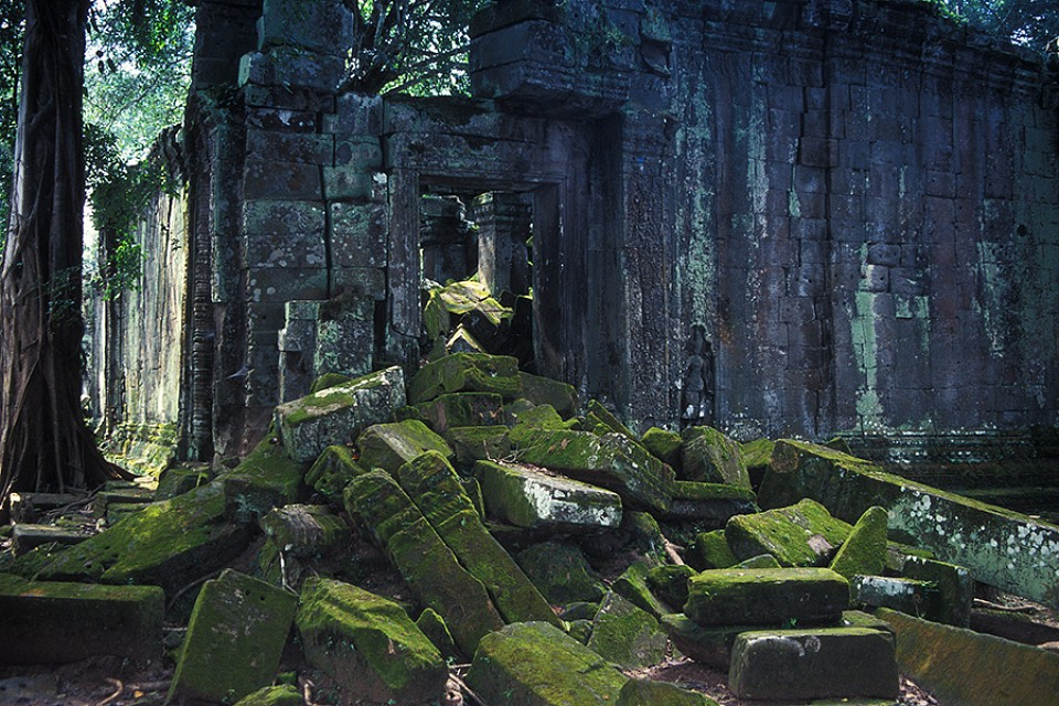 Ta Prohm - Blocked Passage -