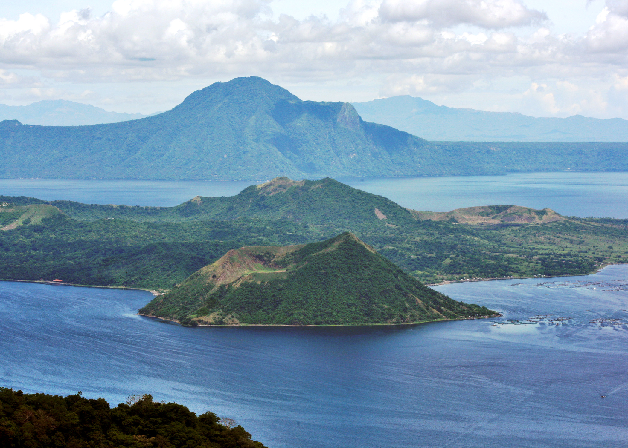 Taal Volcano - Lake in Philippines - Thousand Wonders