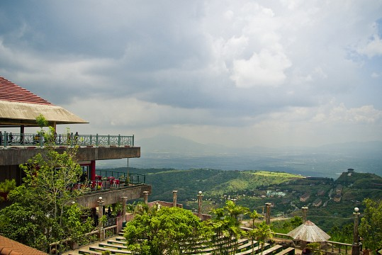 People's Park in the Sky (formerly Palace in the Sky) - Tagaytay