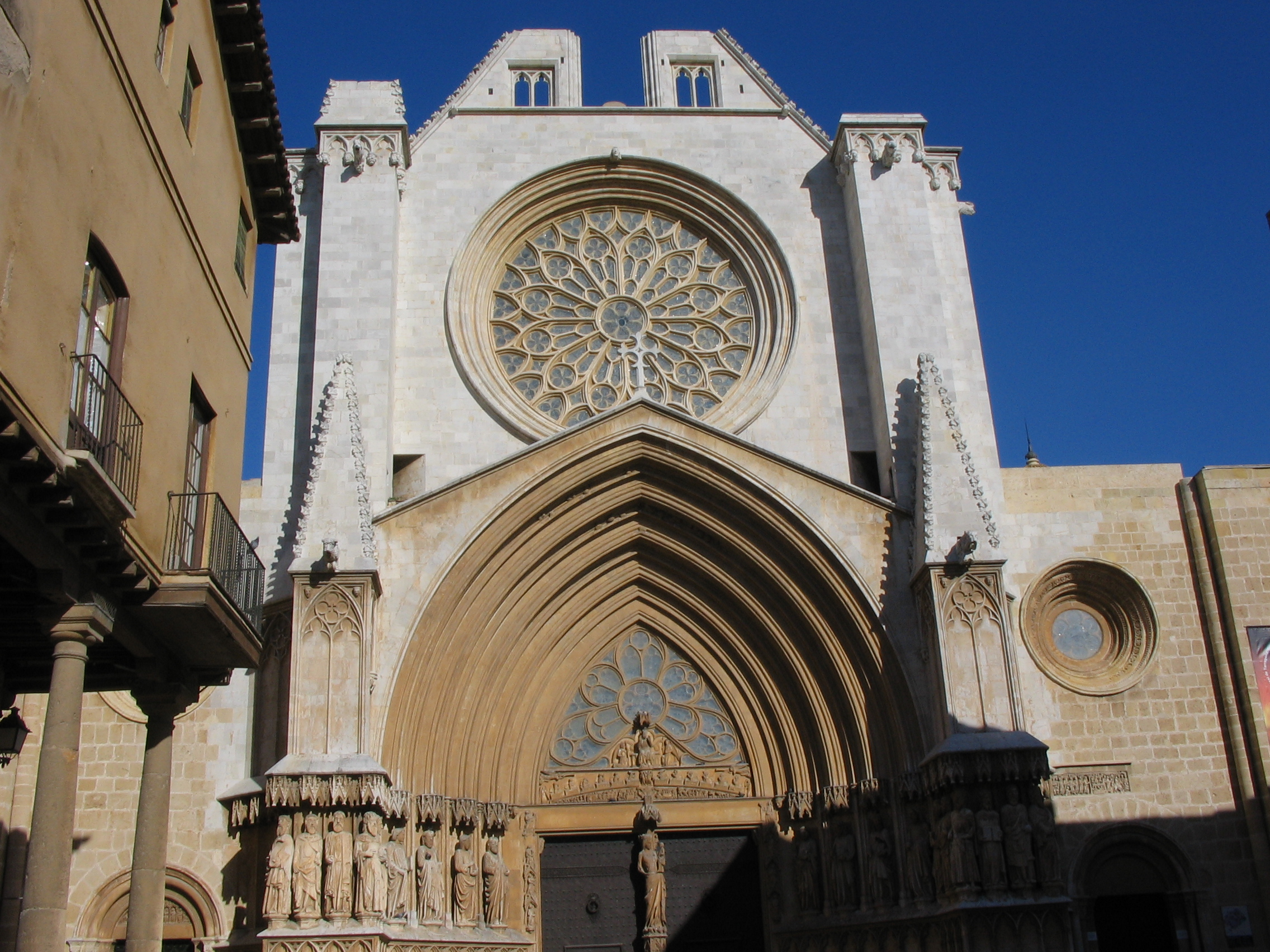 Tarragona Cathedral - Church in Tarragona - Thousand Wonders