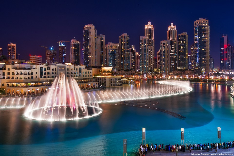 The Dubai Fountain - The Dubai