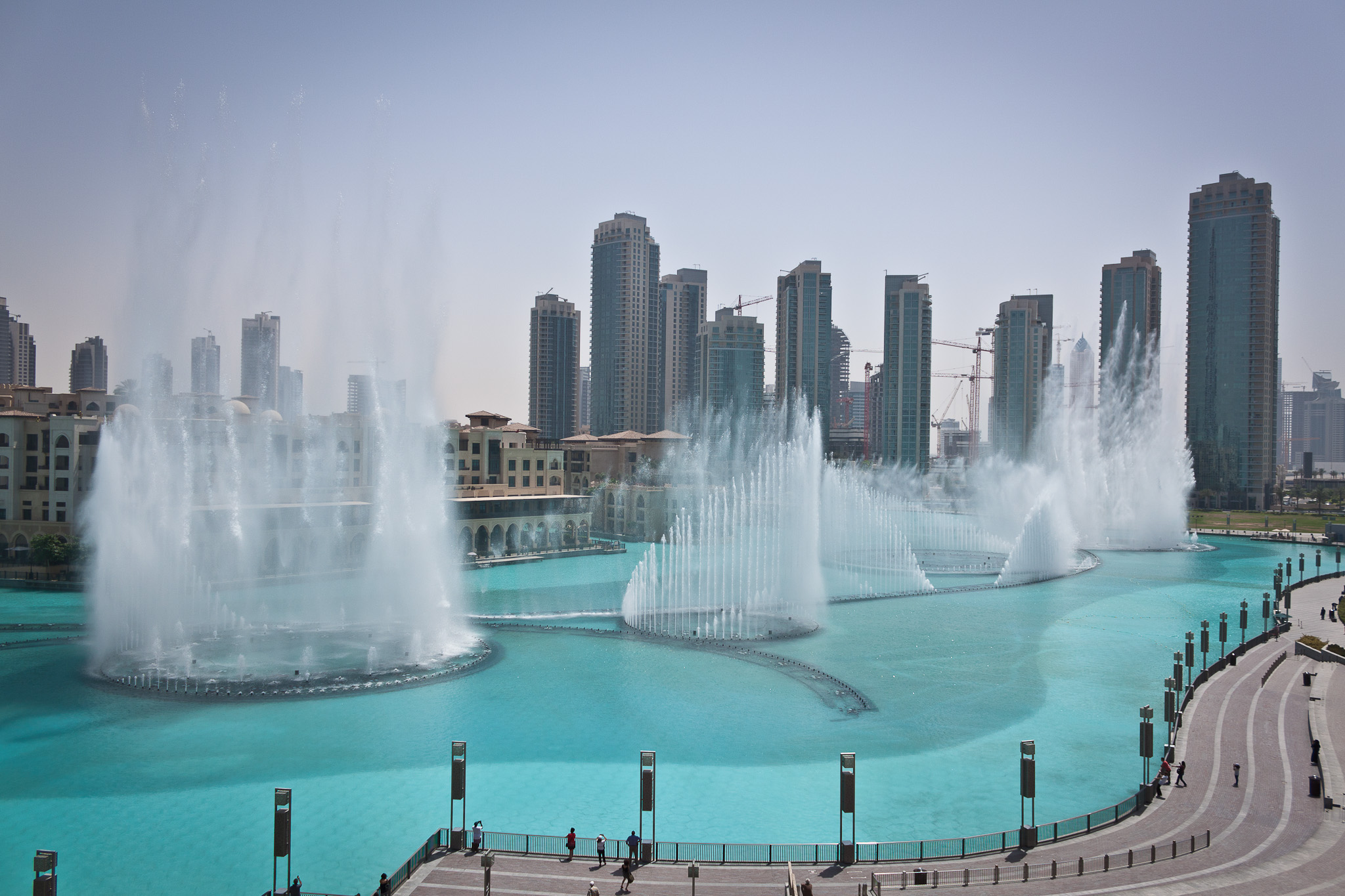 The Dubai Fountain In Dubai Thousand Wonders