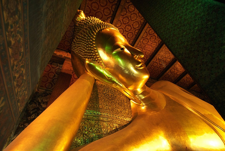 The Reclining Buddha - Wat