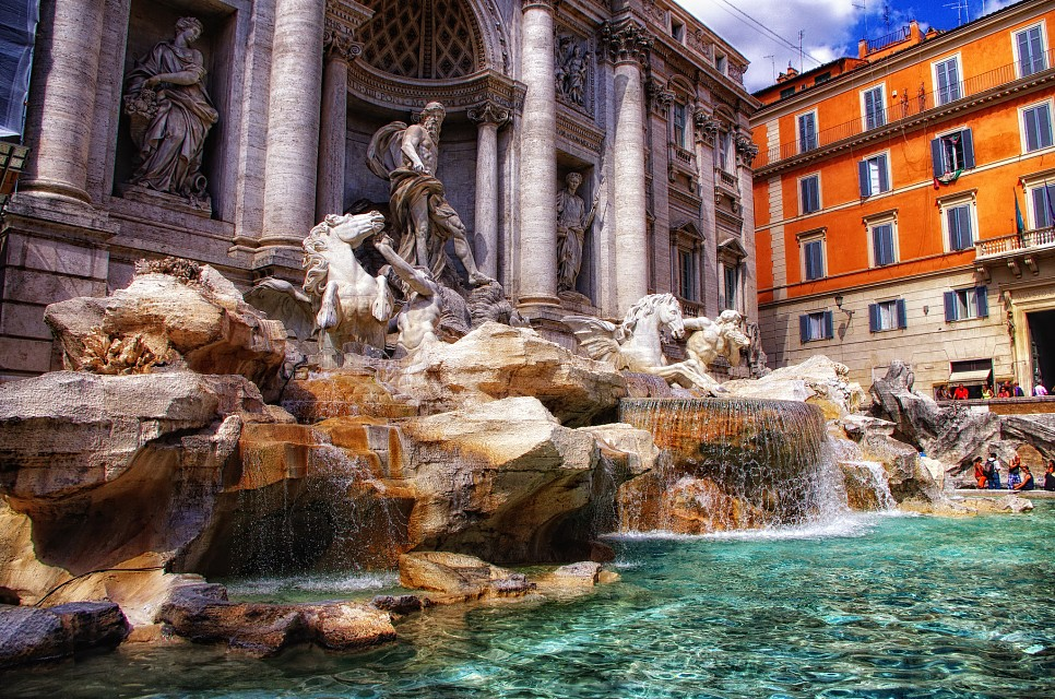 - Trevi