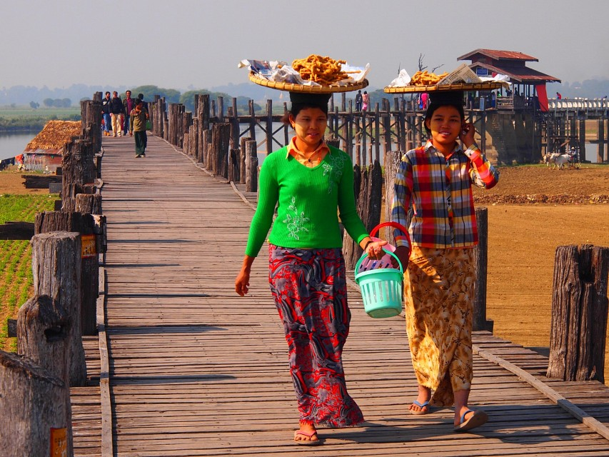 U Bein Bridge in Amarapura (Myanmar 2013) - U Bein Bridge
