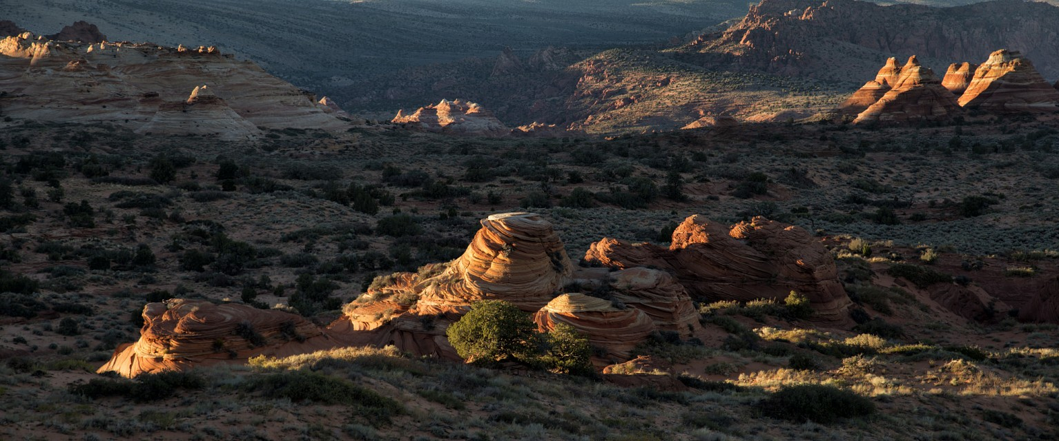 Late afternoon light - Vermilion Cliffs National Monument