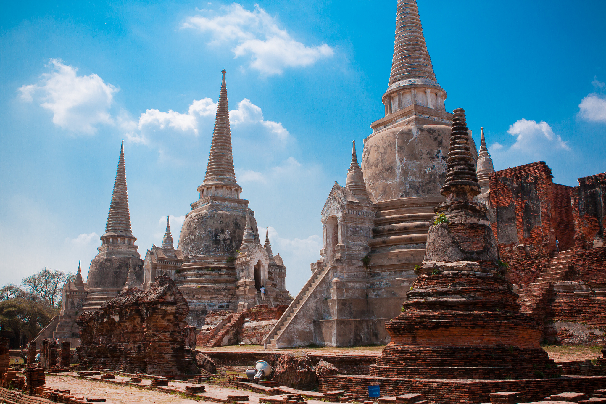 Wat Phra Si Sanphet - Temple in Ayutthaya Historical Park - Thousand Wonders