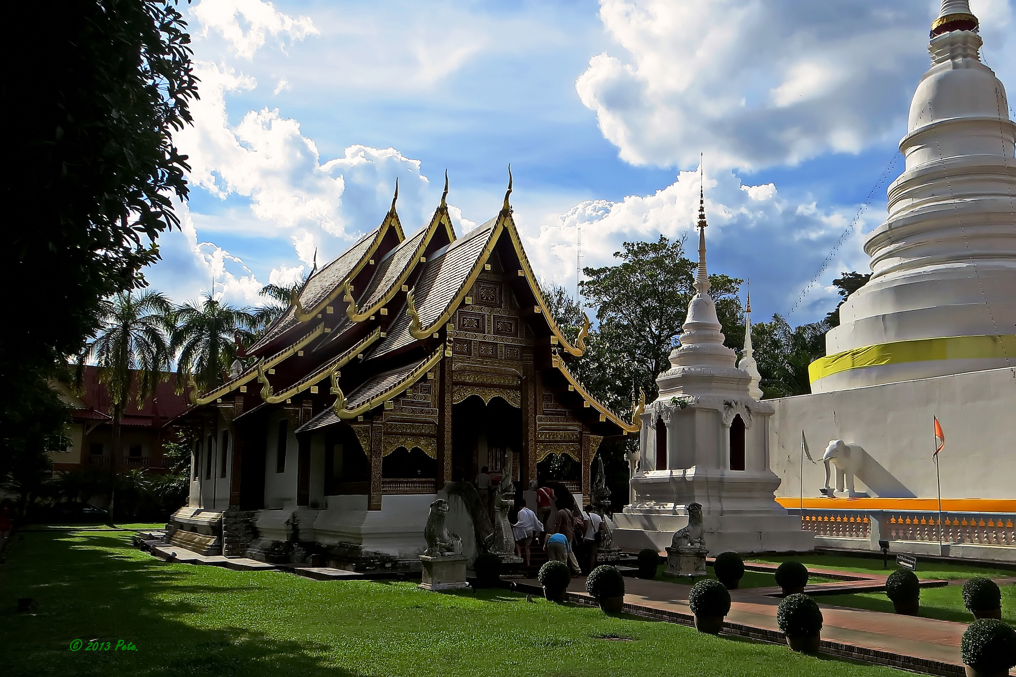 Wat Phra Singh - Temple in Chiang Mai - Thousand Wonders