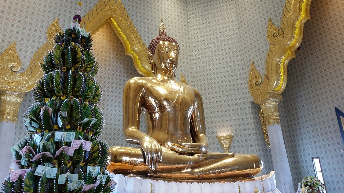 Golden Buddha - Wat Traimit