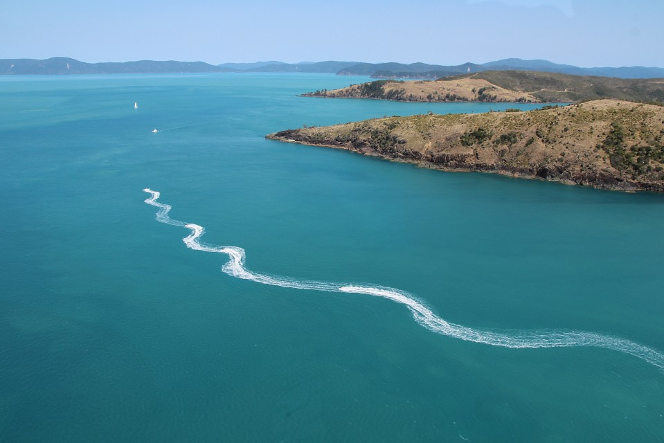 Jet-skiers seen from the helicopter - Whitsunday Island
