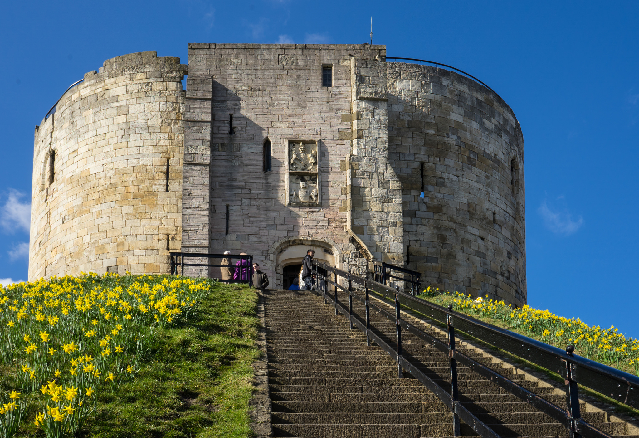 York Castle Ruin In York Thousand Wonders