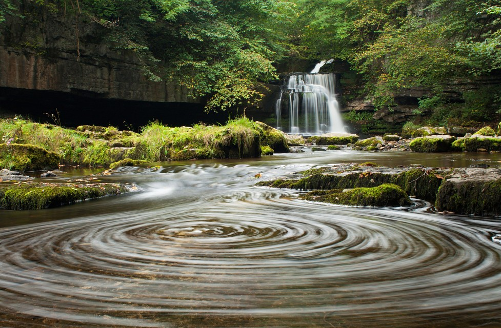 West Burton Whirl - Yorkshire Dales National Park
