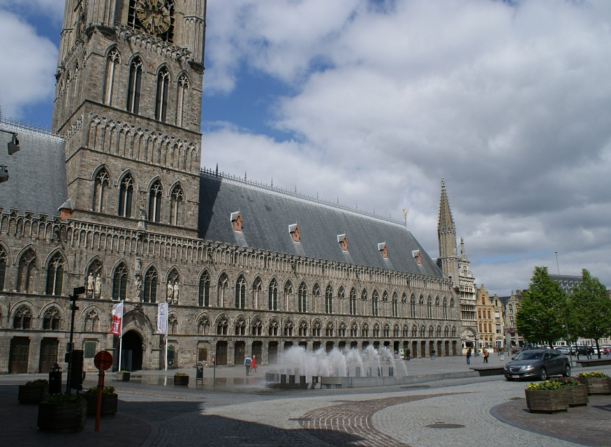 41 Cloth Hall in Ypres - Ypres Cloth Hall